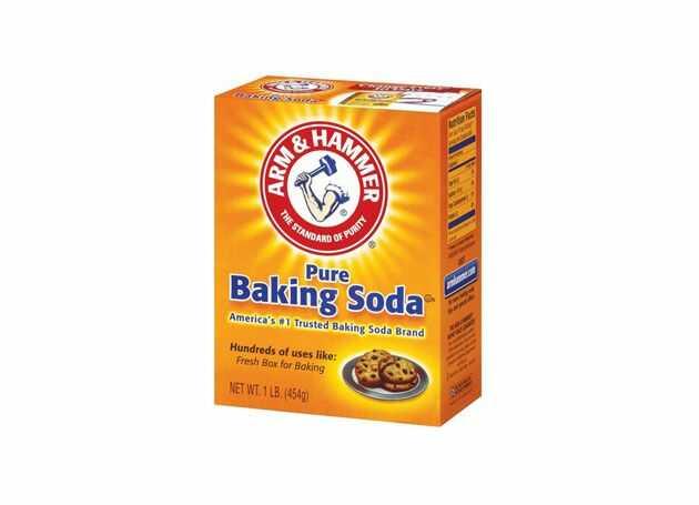 dùng baking soda tẩy thâm kim