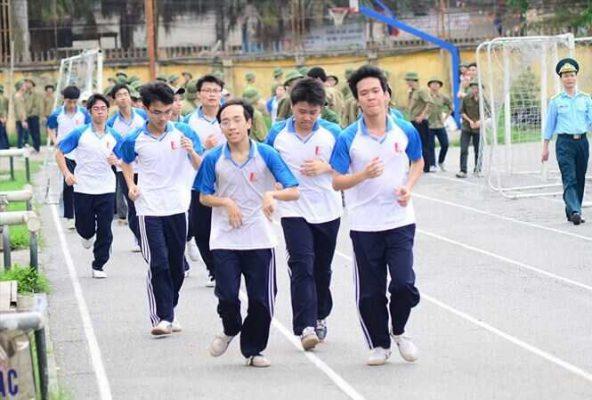 đồng phục thể dục sinh viên