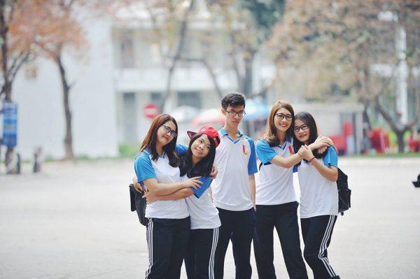 Đồng phục thể dục sinh viên trường đại học Bách Khoa Hà Nội