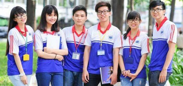đồng phục thể dục sinh viên DH kinh Tế Tp.HCM
