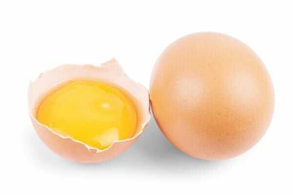 tẩy vết cafe bằng lòng đỏ trứng